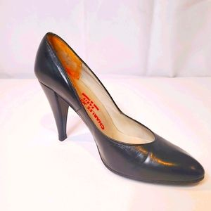 CHARLES JOURDAN Black Leather Heel Size 6